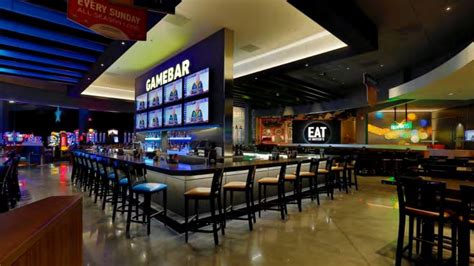 Dave & Buster's signs deal for new location in the
